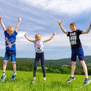Kinder-Luftsprung